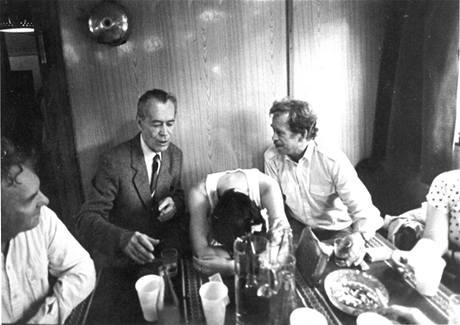 """s Václavem Havlem na """"plavbě disidentů"""" na parníku Visla, květen 1988. FOTO archiv"""