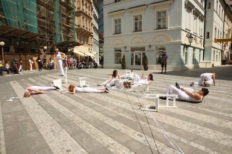 PQ 2011 - performance na Jungmannově náměstí. FOTO archiv PQ