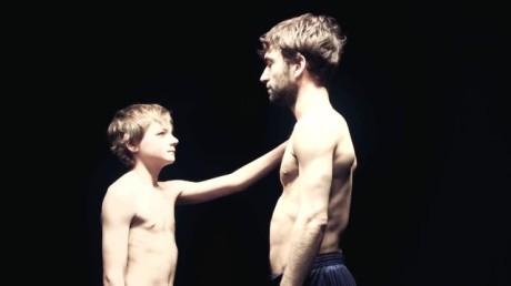 Syn a otec. FOTO archiv 4+4 dny