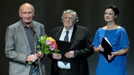Jiří Černý s moderátorem večera, režisérem a hercem Janem Kačerem. FOTO archiv