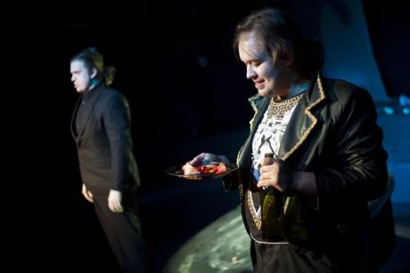 Kolja Černyšov - Komtur (vlevo) a Petr Karas (Don Giovanni). FOTO archiv JAMU