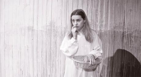 Hana Kusnjerová jako mladičká Maryša