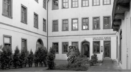 Divadelní ústav