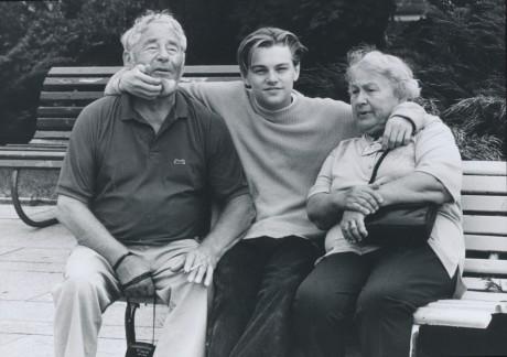 Leonard diCaprio s dědou a babičkou, MFF KV 1994. FOTO MILOŠ FIKEJZ