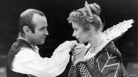 V době svých divadelních začátků jako Bosola s Helen Mirren ve Vévodkyni z Amalfi (1981). FOTO archiv