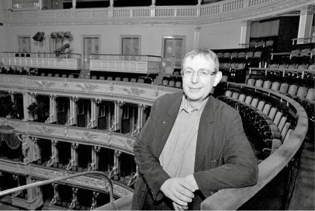 Jiří Hromada na balkoně Národního divadla. FOTO archiv