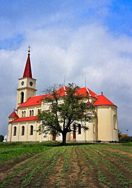 Ořechov u Brna - kostel Všech svatých. FOTO archiv
