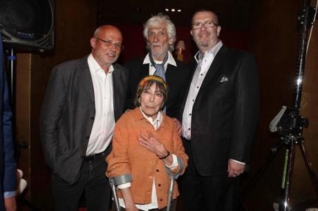S Michalem Horáčkem, Hanou Hegerovou a Richardem Müllerem v září 2011 na křtu Müllerovy kompilace Všechno. FOTO archiv