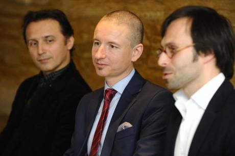 Šéf baletu NDB Mário Radačovský, ředitel Martin Glaser a nový šéf opery Jiří Heřman. FOTO archiv ČT