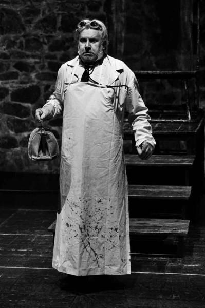 Jan Mazák figuru lékaře nehrál. Lékařem i katem byl. FOTO archiv Divadla U stolu