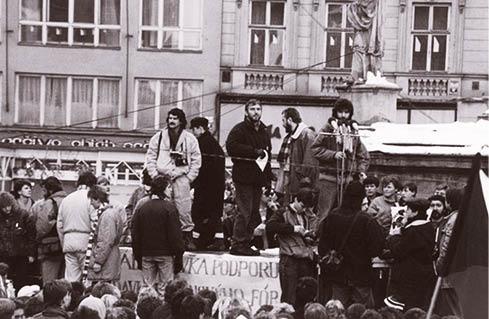 Tribuni lidu při generální stávce Pavel Zatloukal, Milan Sedláček, Miroslav Donutil, BR, 1989  FOTO ARCHIV AUTORA