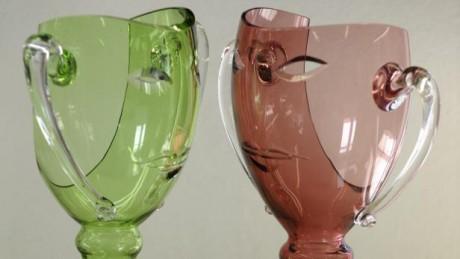 Tradiční ceny Thalie - skleněné vázy z dílny Bořka Šípka.