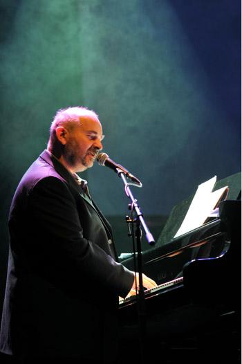 Jan Burian v Divadle Archa 29. března. FOTO KRYŠTOF HLAVICE