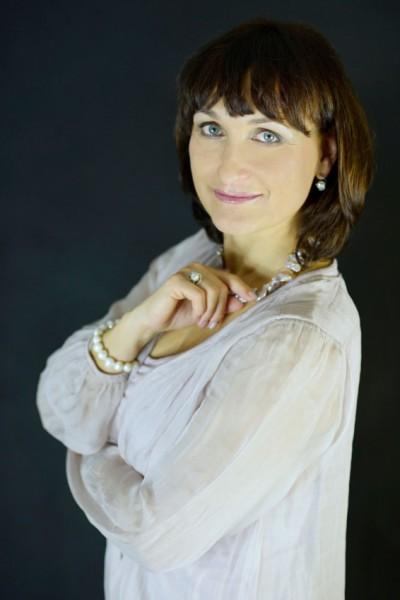 Eva Mikulková, ředitelka Klicperova divadla