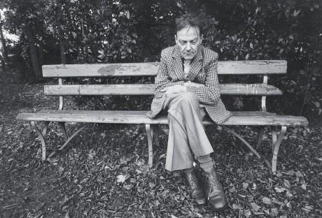 jen staří lidé mohou být skutečně šťastní… (Ivan Blatný v psychiatrické léčebně v Anglii) FOTO archiv