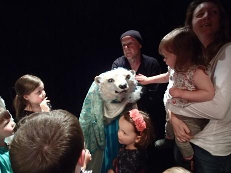 Po konci představení uspořádal Purvin pro děti miniworkshop. FOTO JANA SOPROVÁ