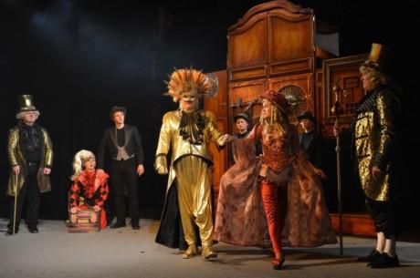 Najednou mi bylo, jako bych seděl u Schikanedera v Divadle na Vídeňce. Takhle podobně to tam muselo probíhat, když hráli bujarou Kouzelnou flétnu. FOTO JEF KRATOCHVIL