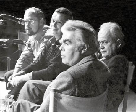 an Kavan, Zdena Tominová, Jiří Pelikán a já diskutujeme v Kodani, leden 1987 FOTO Morten Langkilde