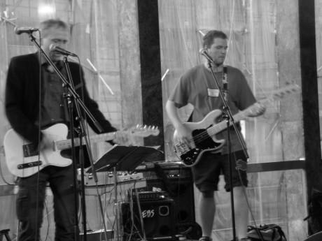 Ruce naší Dory na Nové scéně v Praze  11. června 2013. FOTO archiv