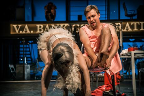 Režisér inscenace Tomáš Svoboda napsal: Těším se, že Figarova Svatba bude nezřízená legrace. FOTO archiv NDB