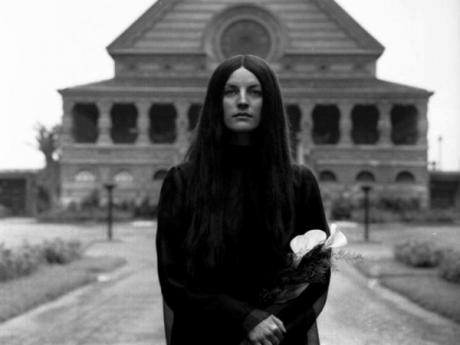 Bledá dívka ve filmu Spalovač mrtvol. FOTO archiv