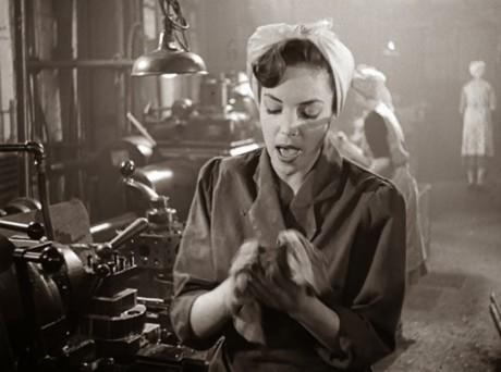 Jako dělnice Eva ve filmu Dance Hall (1950). FOTO archiv