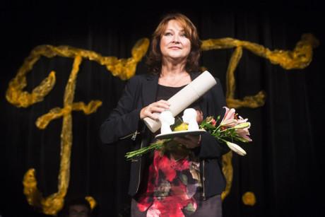Zlata Adamovská získala 19. září v Přelouči na Pardubicku Cenu Františka Filipovského za nejlepší ženský herecký výkon v dabingu. FOTO DAVID TANEČEK