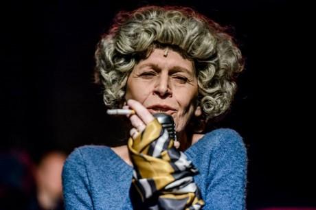 Olga Havlová v inscenaci Velvet Havel. FOTO KIVA