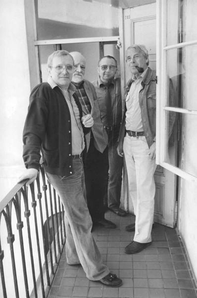 Jiří Suchý, Ivan vyskočil, Ladislav Fialka a Vladimír Vodička Na Zábradlí (začátek 90. let). FOTO archiv DNz