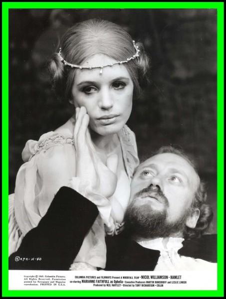 V roli Ofélie s Niclem Williamsonem (Hamlet) ve filmové adaptaci Shakespeara režiséra Tonyho Richardsona, 1969. FOTO Columbia Films