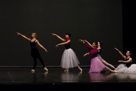 George Balanchine: Serenade. FOTO CTIBOR BACHRATÝ