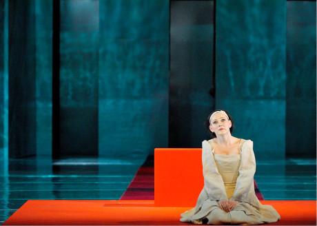 Za Annu Boleynovou získala pěvkyně první Cenu Thálie (Gaetano Donizetti: Anna Boleyna, režie Ivan Krejčí, NDM Ostrava 2013)  FOTO MARTIN POPELÁŘ