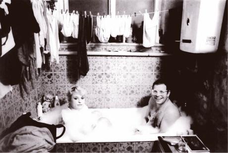 Uzřev vanu s dívkou, svlékl se a vlezl za ní FOTO archiv autora