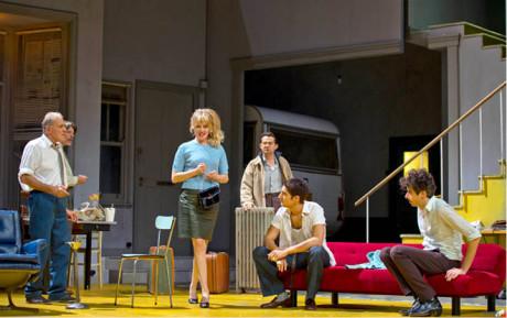 Harold Pinter: Návrat domů (premiéra 18. 10. 2012, Odéon-Théâtre, Paříž)  FOTO RUTH WALZ