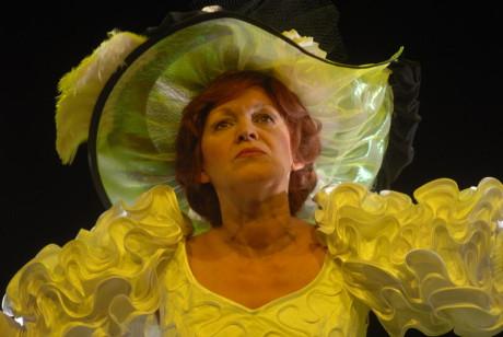 Arcivévodkyně Isabela v komedii MdB Ferdinand, kd´E ste? (r. Thomas Schulte-Michels, prem. 23. 9. 2006) FOTO archiv MdB