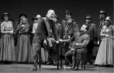 Čarostřelec v Plzni sestává z nudných statických obrazů (Pavel Horáček jako Kuno, Richard Samek v roli Maxe) FOTO PAVEL KŘIVÁNEK