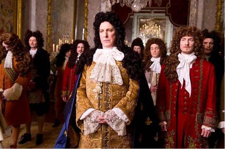 Pro mě je nevyhnutelné, že se  na  dění vždycky dívám z perspektivy herce... Ludvík XIV. ve filmu Králova zahradnice (2014) FOTO ARCHIV