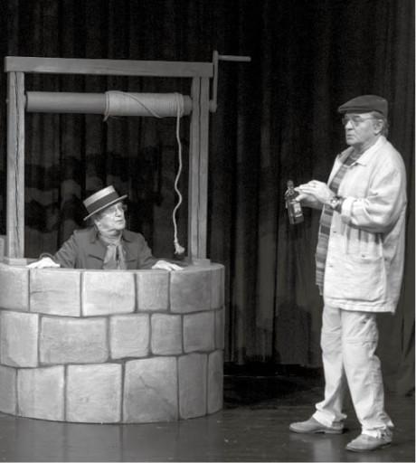 V Čochtanově divotvorném hrnci v režii Jiřího Menzela se samozřejmě především zpívá, hraje a tančí  FOTO DUŠAN DOSTÁL