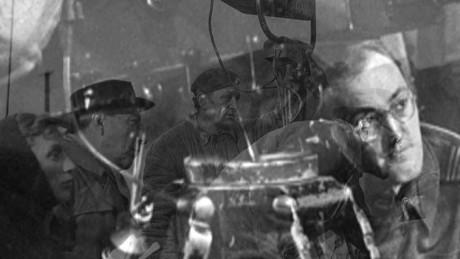 Helge režírující (60. léta). FOTO archiv