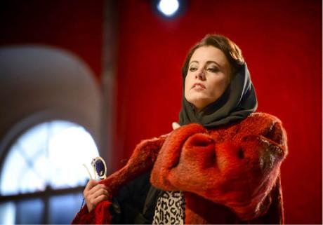 Lucie Hájková v postavě zhýralé Margarety Campbellové prokázala  spíš hlasovou ekvilibristiku  FOTO MAREK OLBRZYMEK
