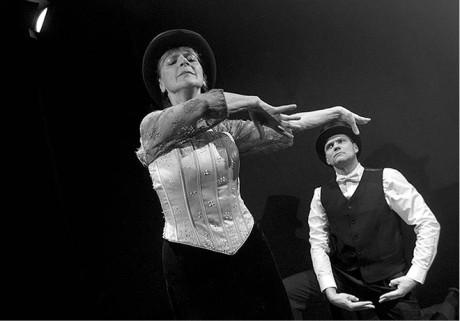 Když teče do bot je především hereckým koncertem Taťjany Medvecké  FOTO VIKTOR KRONBAUER