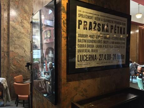 Z aktuální výstavy v kavárně paláce Lucerna. FOTO archiv