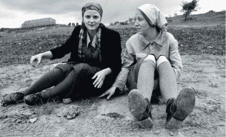 Z natáčení filmu 8 hlav šílenství scenaristky a režisérky Marty Novákové, na snímku s Anitou Krausovou (premiéra 2016) FOTO JIŘÍ ŠTRÉBL