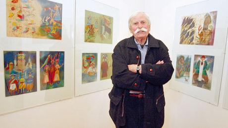 Uprostřed svých děl na velmi úspěšné výstavě na Pražském hradě v roce 2005. FOTO PETR HLOUŠEK