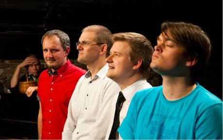 Skupina Just!Impro vystupuje se svou Impro Show pravidelně ve Studiu Švandova divadla. Zleva: Nikola Orozovič, Jiří Axman, Lukáš Venclík a Láďa Karda  FOTO JUST!IMPRO