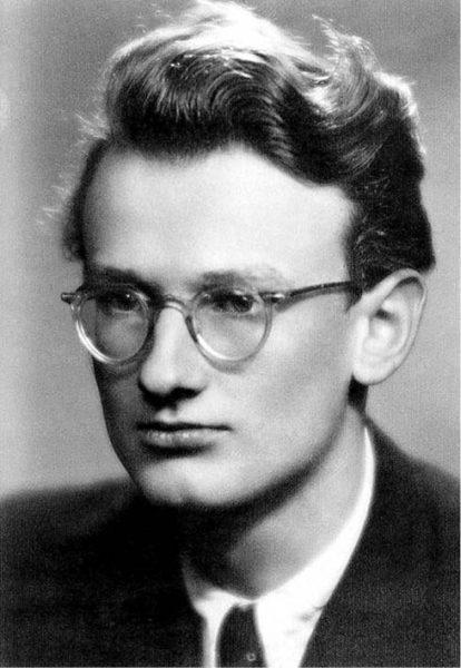 Maturant, 1951 FOTO RODINNÝ ARCHIV
