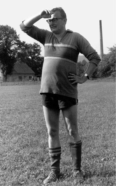 Fotbalista… Hronov, 70. léta FOTO ARCHIV MILANA STROTZERA