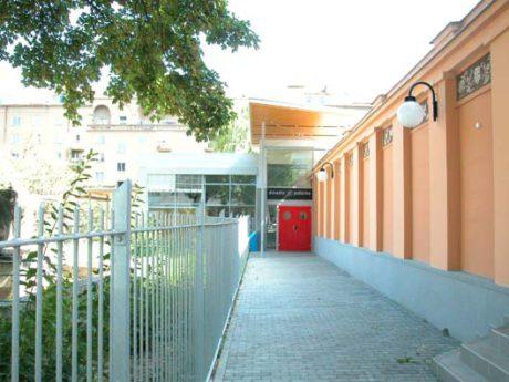 Divadlo Polárka - vchod. FOTO archiv DP