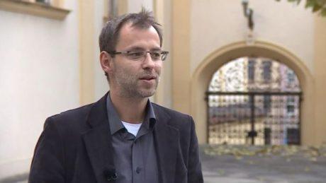 Bývalý ředitel Kulturního a vzdělávacího střediska U tří kohoutů, které je zřizovatelem Polárky, Roman Burián. FOTO archiv ČT