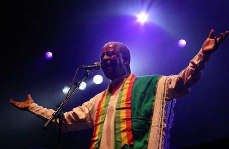 Poprvé v Praze vystoupí africký velikán Mahmoud Ahmed. FOTO DAMIAN RAFFERTY